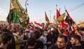 ইরাকে সরকারবিরোধী বিক্ষোভ: কারফিউ ভেঙে রাজপথে গান-বাজনা