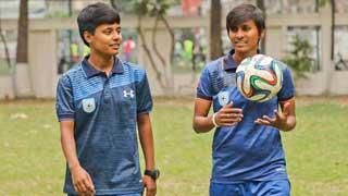 অবশেষে ভারতের ভিসা মিলল ২ নারী ফুটবলারের