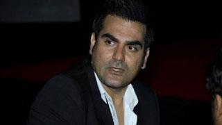 আইপিএলে জুয়ার অভিযোগ স্বীকার করলেন আরবাজ খান