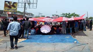 BU students continue protests demanding VC's removal