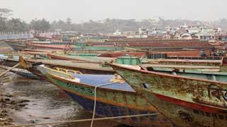 Water transport workers begin countrywide indefinite strike