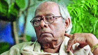 Author Hasan Azizul Haque taken to Dhaka for better treatment