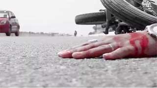গোপালগঞ্জে ট্রেনের ধাক্কায় ৩ মোটরসাইকেল আরোহী নিহত