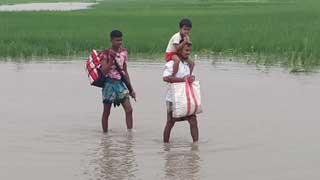 Teesta water crosses danger level in Nilphamari, Lalmonirhat