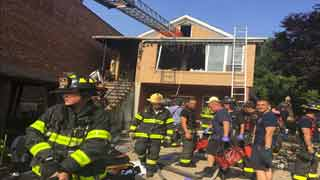 3 dead, 2 seriously injured in house fire