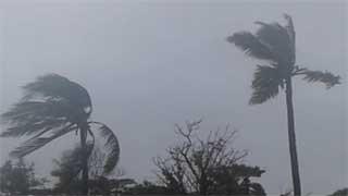পশ্চিমবঙ্গ-খুলনা উপকূল অতিক্রম করেছে ঘূর্ণিঝড় 'বুলবুল' (ভিডিও)