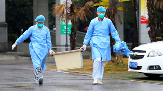 China locks down epicentre of virus outbreak; death toll hits 17