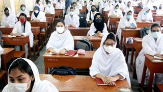 Schools, colleges reopen amid violation of health regulations