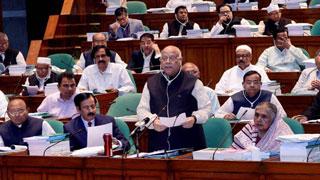 Muhith placing Tk 4,64,573cr mega budget