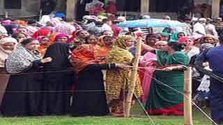 পশ্চিম চান্দনা কেন্দ্র থেকে বিএনপির এজেন্টদের বের করে দেয়ার অভিযোগ