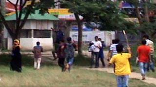 বেরোবিতে কোটা আন্দোলনকারীদের মিছিলে ছাত্রলীগের হামলা, আহত ৫