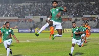 সন্ধ্যায় বাংলাদেশ-পাকিস্তান ফুটবল লড়াই