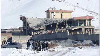 আফগানিস্তানের সামরিক ঘাঁটিতে তালেবানের হামলা, ১২৬ সেনা নিহত