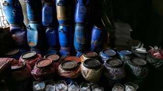 ভয়াবহ আগুনে নিহত ৭৮: এতো দাহ্য পদার্থ নিয়ে বিস্ফোরক পরিদপ্তর যা বলছে