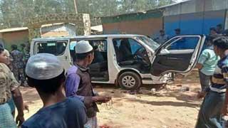উখিয়ার কুতুপালং ক্যাম্পে রোহিঙ্গাদের হামলায় ৩ জার্মান সাংবাদিক আহত