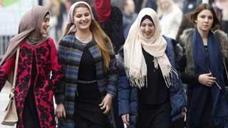 যুক্তরাজ্যে ইসলাম ধর্ম গ্রহণে এগিয়ে নারীরা