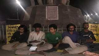 5 students begin hunger strike seeking Ducsu reelection