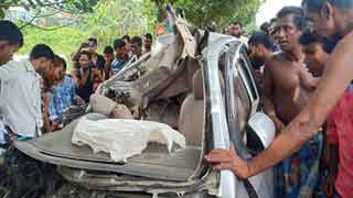 4 of a family killed in M'sing road crash