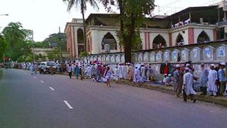 তাবলিগের ৩২১ বিদেশিকে আনা হল দুই মসজিদে