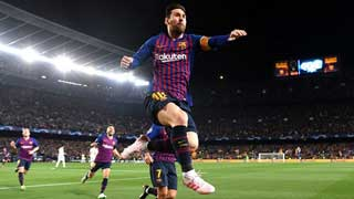 Messi double leads Barca to semis