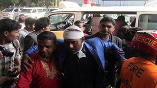 যশোরে সন্ত্রাসী হামলায় দুই সাংবাদিক আহত