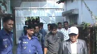 বিএনপি প্রার্থীর বাসায় হামলা, ২২ নেতাকর্মীও আটক