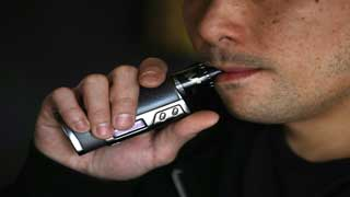 At least 5 dead in US from vaping-related lung disease