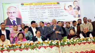 বর্তমান সরকার জনগণের ভোটে নির্বাচিত নয় : খন্দকার মোশাররফ