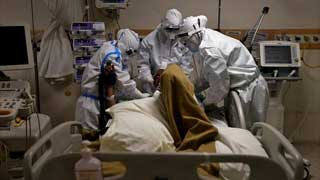 India reports another record daily rise in Covid-19 infections