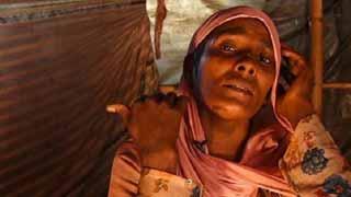 রোহিঙ্গা নারীর সাত সন্তানসহ ৬০ আত্মীয় খুন