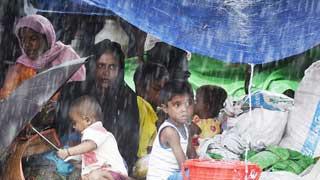 Heavy rains compounding Rohingya suffering