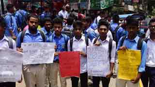 Students take to streets