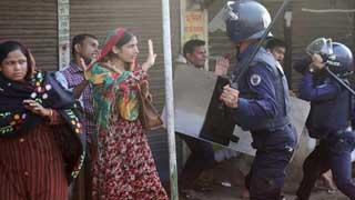 20 hurt as cops, RMG workers clash in Ashulia