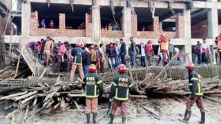 One killed in Kushtia Medical College Hospital roof collapse