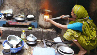 Another gas-outage spell to hit Dhaka on Tuesday