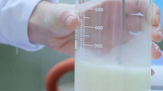 DU researchers once again trace antibiotics in milk