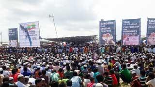 Rohingyas stage big rally, air anger seeking global pressure on Myanmar