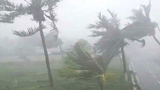 Cyclone Amphan begins landfall in West Bengal