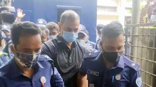 OC Pradeep ensures Sinha's death by pressing throat with leg