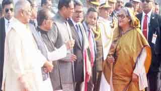 Hasina reaches Singapore