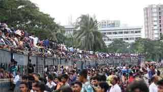 Eid home-goers face long tailbacks