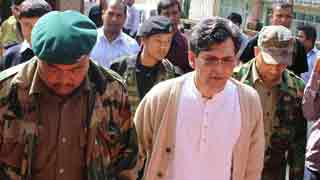 Willing to return despite threats: Salahuddin