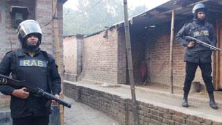 'Extremist' arrested from C'nawabganj den