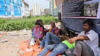 2 Rana Plaza survivors fall sick during hunger strike