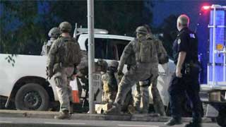 Shooter kills at least four in Australia