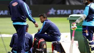 Thigh injury makes Sakib uncertain against Sri Lanka