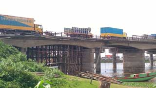 Risky bridge connecting Dhaka, Sylhet opened after train accident