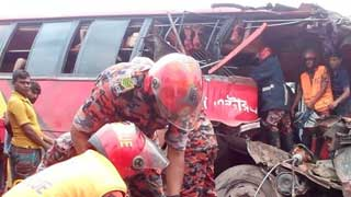 10 killed in road crashes in 4 districts