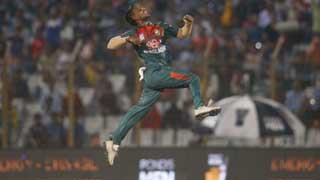 Bangladesh beat Zimbabwe to set up final against Afghanistan