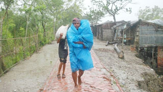 Cyclone Amphan crosses coast; seven deaths reported
